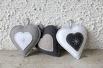 Dekorácie - Vianočné trio (srdce) - strieborné - 10192454_