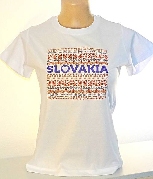 a89925af17c5 Dámske bavlnené tričko Rajec   Zlataulicka - SAShE.sk - Handmade Tričká