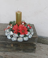 Dekorácie - Vianočný svietnik v orieškoch - 10198171_