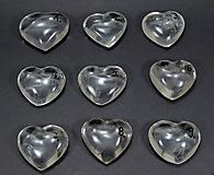 Minerály - krištáľové srdce - 10198736_