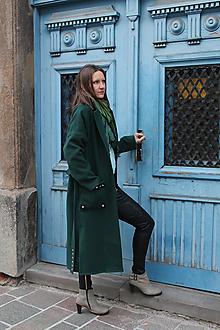 Kabáty - Zelený kabát s nitmi. - 10197072_