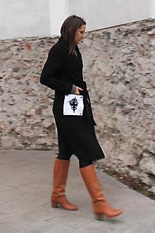 Kabáty - Čierny kabát s flexibilnými vreckami. - 10197314_