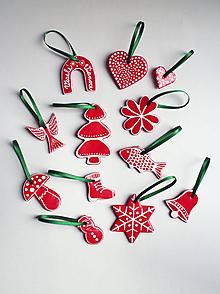 Dekorácie - Vianočné ozdoby na zavesenie | Červená | Biela | Zelená sužka | sada 12 ks - 10196424_