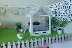 Hračky - Rodinný domček pre bábiky - 10196440_