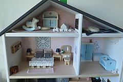 Hračky - Rodinný domček pre bábiky - 10196441_