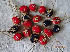 Dekorácie - Oriešky z modrotlače - červené a namornícke modre - 10195912_