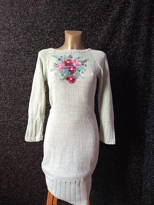 3a9b0abc6bb5 VÝPREDAJ -Rozkvitnuté pletené šaty s alpakou   oveckovo - SAShE.sk ...