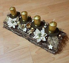 Dekorácie - adventný veniec zlatý polooblúk 42 cm so sviečkami - 10199158_