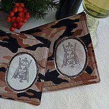 Úžitkový textil - podšálka Kráľ, hnedá - 10200819_