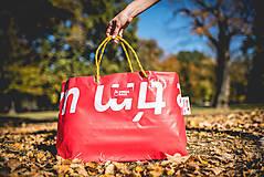 Veľké tašky - Úsmev ako dar - DORKA bag (Červený tím) - 10201984_