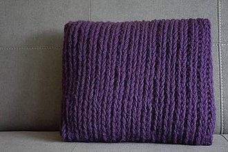 Úžitkový textil - Pletený vankúš - DARK PURPLE - 10201593_