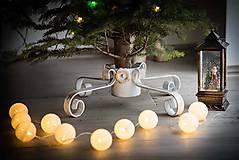 Dekorácie - Kovaný stojan na vianočný stromček - velkosť M - 10202459_