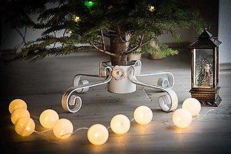 Dekorácie - Kovaný stojan na vianočný stromček - velkosť M (Čierny základ a medená patina) - 10202459_