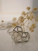 Náhrdelníky - Srdce zo železa - 10203243_