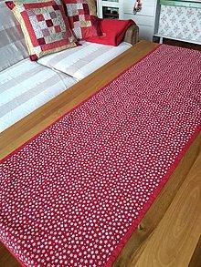 Úžitkový textil - Vianočná Bordová s vločkami - 10199226_