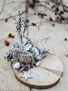 Dekorácie - svietnik na dreve - 10202845_
