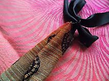 Náhrdelníky - Dojčo čačka Lenny Lamb Rainbow Lace Dark - 10200414_