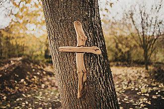 Dekorácie - Drevený kríž nepravidelný - 10200096_