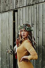 Ozdoby do vlasov - Prírodný lesný venček s perím - 10201131_