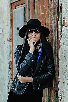 Náušnice - Jemné modré náušnice z peria - 10202928_