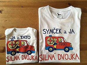 Oblečenie - Originálne maľované duo pre otca a syna – hasičov: s nápisom syn aj ja / ja a syn silná dvojka (Panske tričko + body) - 10200397_