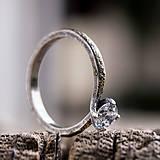 Prstene - Ako požiadať divožienku o ruku (verzia so synt. zirkónom) - 10206966_