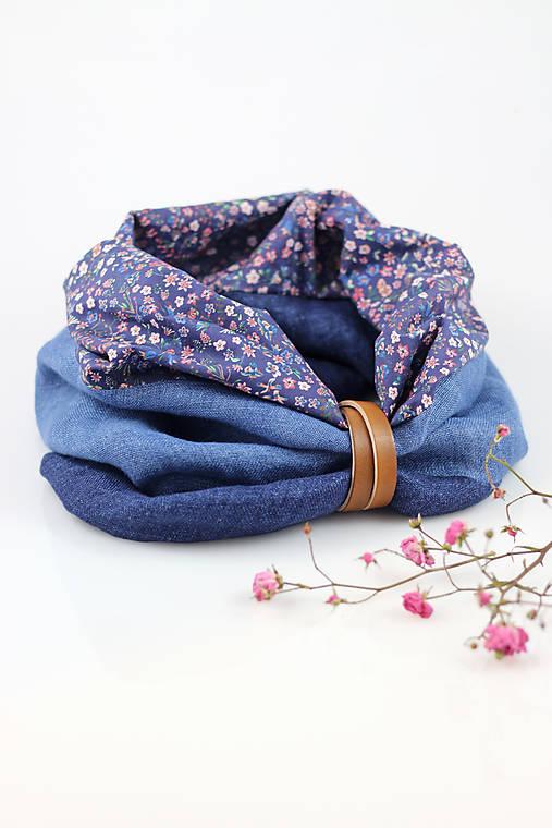 Modrý trojfarebný kvetinový hrejivý nákrčník z ľanu