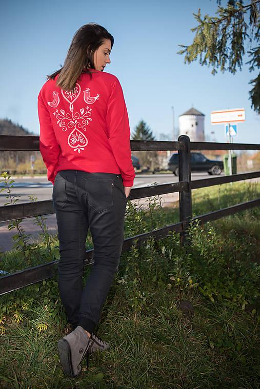 b1ae8114b32 Mikina MAIA folk - červená   miracles.style - SAShE.sk - Handmade Mikiny