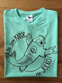 Oblečenie - Maľované pánske tričko s kaprom rockerom :) - 10208118_