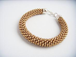Sady šperkov - Set Eleganz v drevenej darčekovej kazete (Matná béžová) - 10203946_