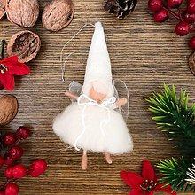 Dekorácie - Vianočná vlnená víla Vilma - 10210422_