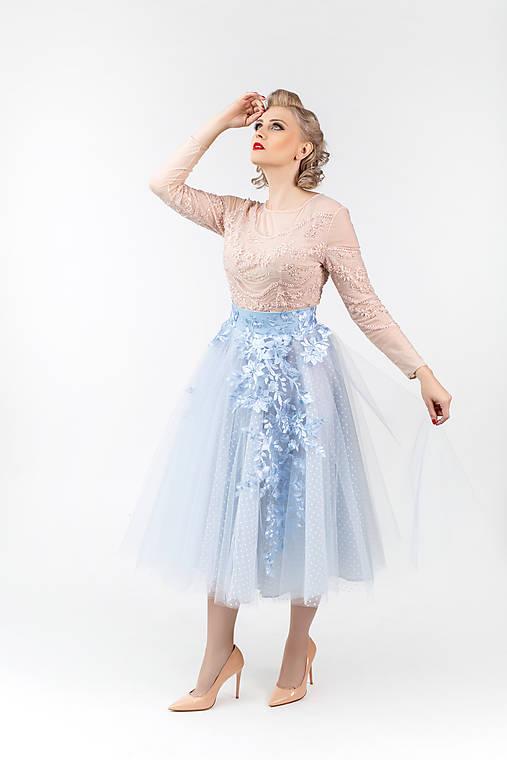 Sukne - Kruhová tylová sukňa s bodkami a kvetom rôzne farby - 10212085_