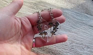 Kľúčenky - Kľúčenka pre pár puzzle srdce (s levandulou č. 2503) - 10210263_