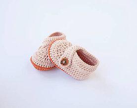 Topánočky - papučky s mačičkovým gombíkom (Terakotová) - 10210878_