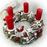 Dekorácie - Adventný veniec - Adventní věnec - Lišejníky a bobulky - 10208673_