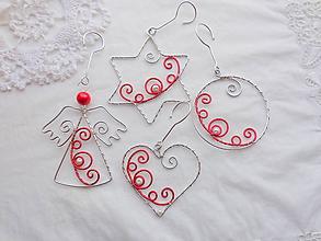 Dekorácie - Vianoce strieborno-červené folkornament - 10213655_