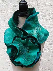 Šály - Vlnený šál s kvetom-zeleno tyrkysový - 10216358_