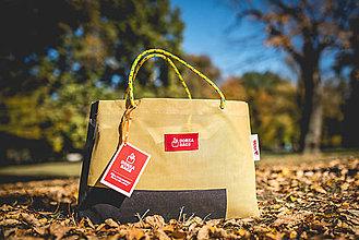 Veľké tašky - Úsmev ako dar - DORKA bag (Osie hniezdo) - 10212441_