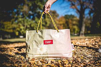 Veľké tašky - Úsmev ako dar - DORKA bag (Plesnivec úsmevný) - 10212443_