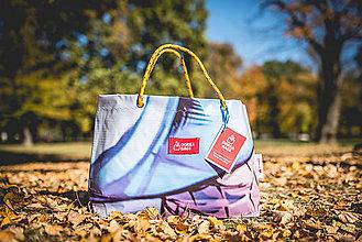 Veľké tašky - Úsmev ako dar - DORKA bag (Ruch ulice) - 10212446_