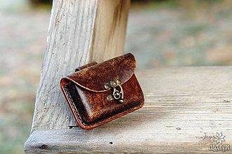 Taštičky - Kožená kapsička na opasok (Škvrnitá) - 10212922_