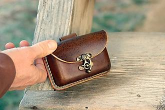 Taštičky - Kožená kapsička na opasok, hrubšia - 10212989_