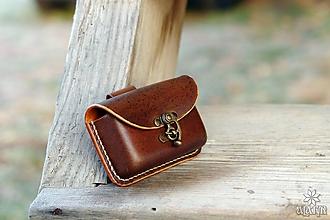 Taštičky - Kožená kapsička na opasok, - hrúbka 2,5 cm - 10212990_