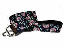 Kľúčenky - Kľúčenka Pink Flowers - 10216284_