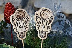Dekorácie - Anděl....zápich do květináče - 10214896_