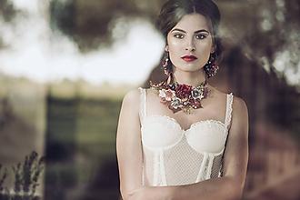 Náhrdelníky - Kvetinový set - náušnice a náhrdelník - 10215367_