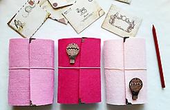 Papiernictvo - Diár 2021/ Doplniteľný diár Softwille Rose s brošňou - 10215243_
