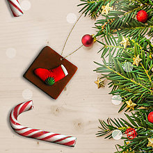 Dekorácie - FIMO vianočná ozdoba čokoládka - ponožka na darčeky - 10213125_