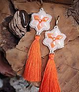 Náušnice - Náušnice z keramických kabošonov, oranžové strapce - 10214426_