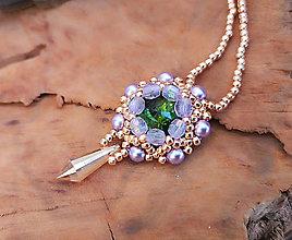 Náhrdelníky - Šitý náhrdelník zeleno-fialový, ružové zlato - 10213003_